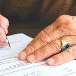 Как будет «дополнительное соглашение» на английском?